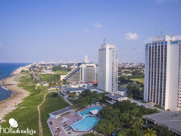 Panoramic hotel view - Gran Caribe Neptuno - Tritón Hotel