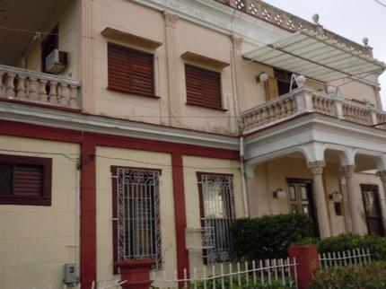 Hostal Bahía, AVENUE 20, No. 3502 Altos