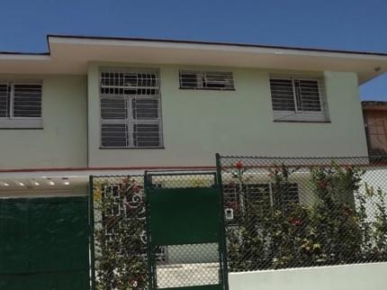 Casa David y Yula, AVENIDA 42, No. 703