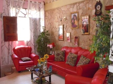Casa Yuliett, SAN BASILIO, No. 513