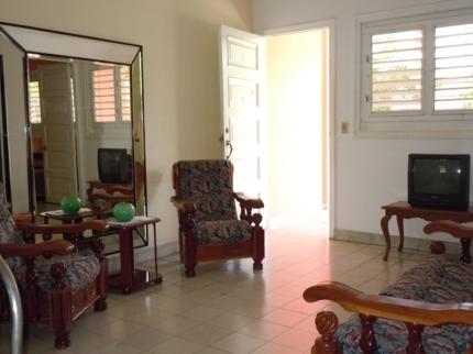 La Casa de Manolo, CALLE 39, No. 1002