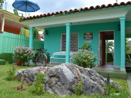 Casa Bernardo y Belkis, ADELA AZCUY, No. 36